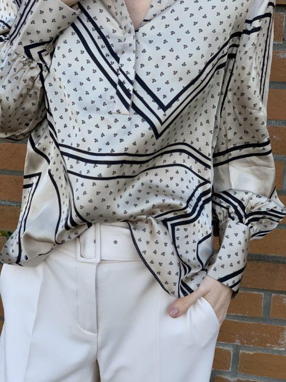 Bilde av bluse